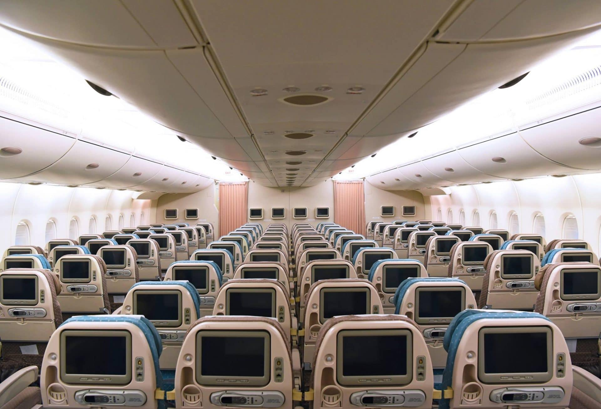 Hi Fly released interior pictures of their first Airbus A380 ...